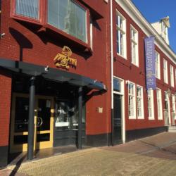 Tweede voorronde Kleine Prijs van Fryslân in Theater de Koornbeurs